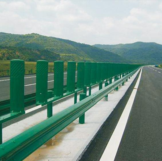 波形护栏安装案例