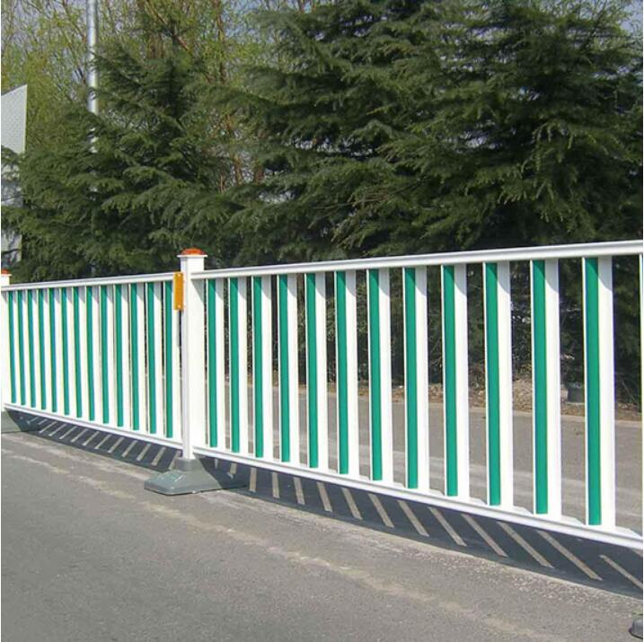 道路护栏需要具备哪些功能